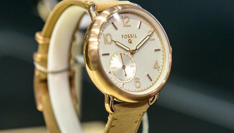 506aef966bba Você compraria um relógio com funções inteligentes ou um relógio  inteligente