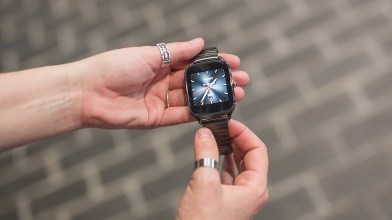zenwatch 2 ifa 2015 hands on 2