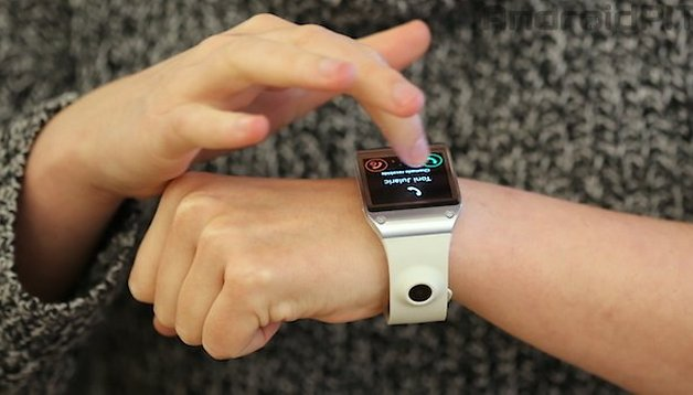 Hands-on review of the Samsung Galaxy Gear: is it worth the money?