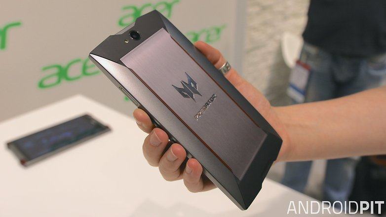 Acer predator 6 hands on traseira