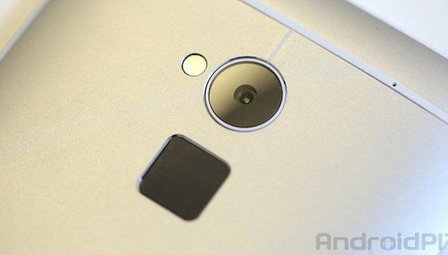 HTC One Max vs iPhone 5S - Comparación de los sensores de huellas