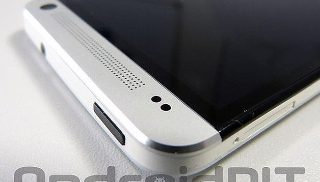 How to fix black screen on the HTC One