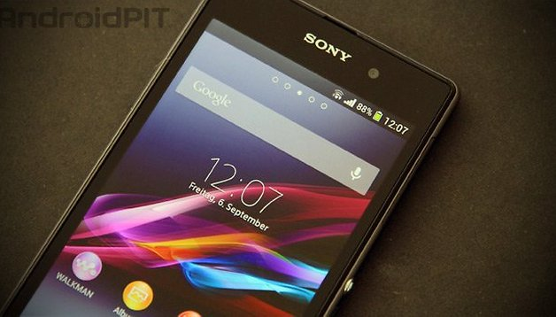 Sony Xperia Z1 tested: small and thin is so yesterday