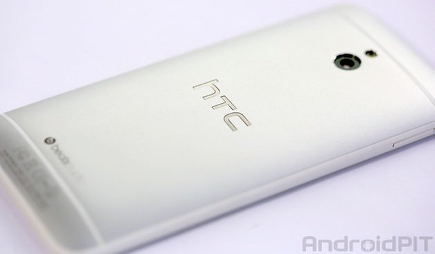 htc one mini back teaser