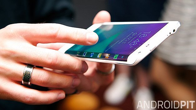 Samsung Galaxy Note edge touch control