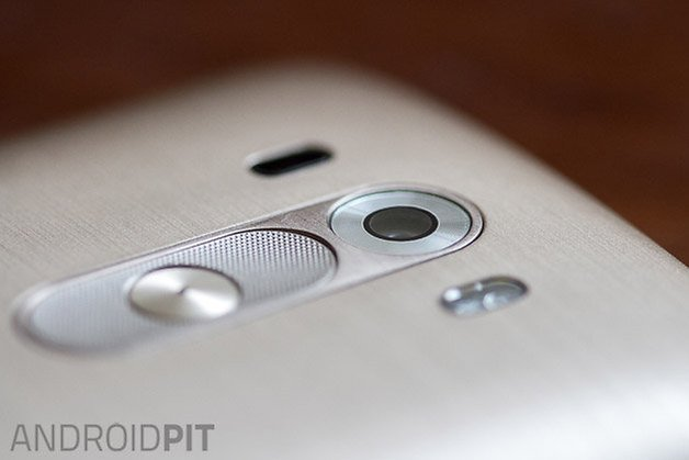 lg g3 hands on back buttons 02