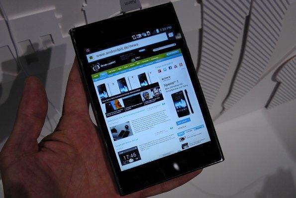 LG Optimus Vu: Galaxy-Note-Konkurrent angetestet