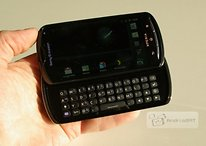 [Pics]Xperia Pro– First Impression With QWERTY Device