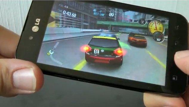 [Videos] LG Optimus Black Testreihe – Design, Games & Internet
