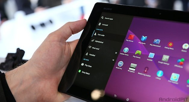 Sony Xperia Z2 Tablet – Dispositivo en la mano