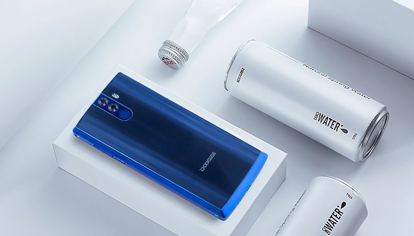 DOOGEE BL12000 debuts with world's largest battery