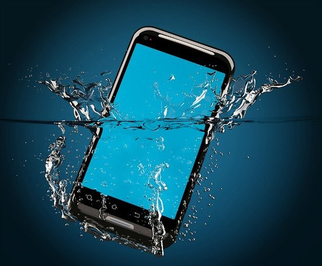 androidpit dropped phone water