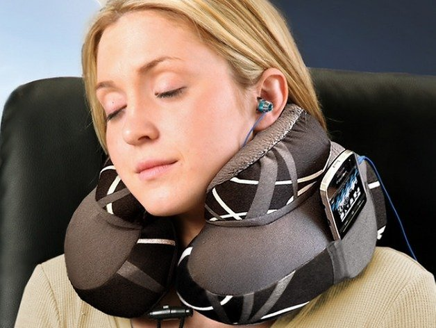 androidpit travel pillow