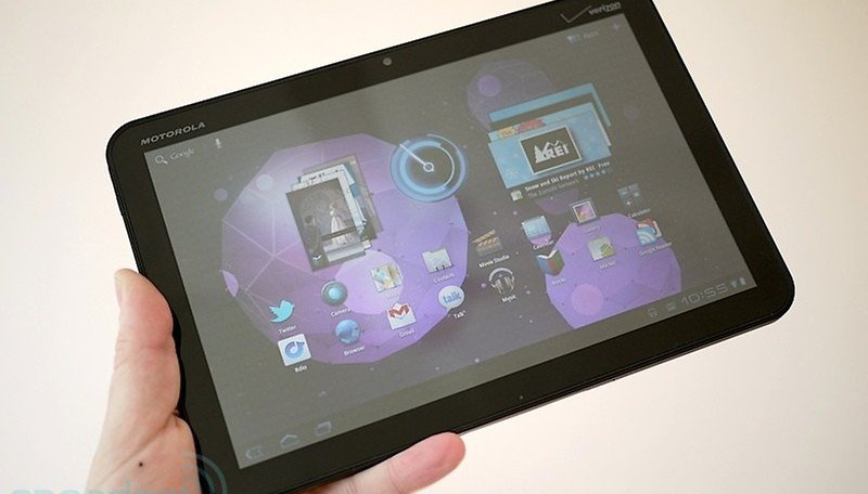 Motorola Xoom Now On Sale, Gets Reviewed