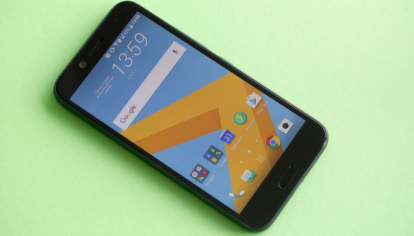 HTC Bolt hands-on: a time-travelling smartphone
