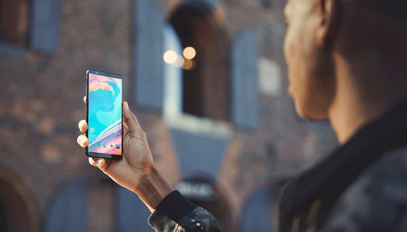 Il OnePlus 5T va a ruba: voi lo acquistereste?