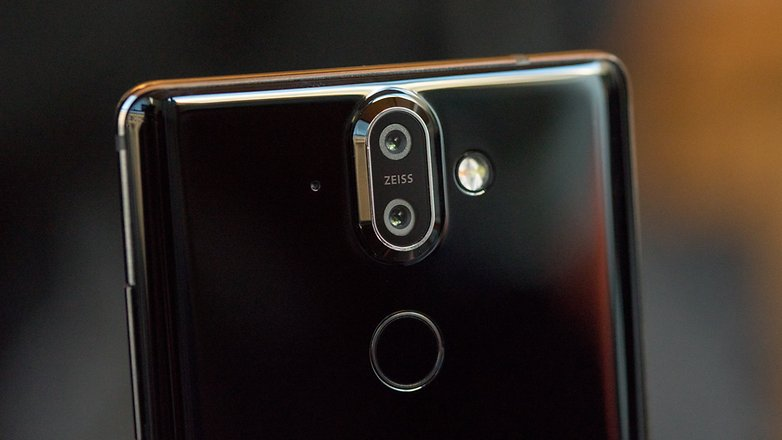 Nokia 8 Sirocco: set shoulders to 'shrug' | AndroidPIT