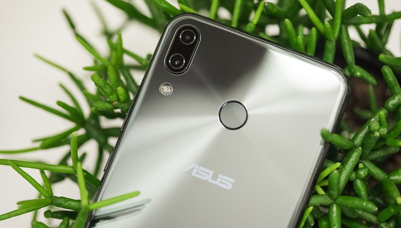 Asus CEO resigns, company to change mobile strategy
