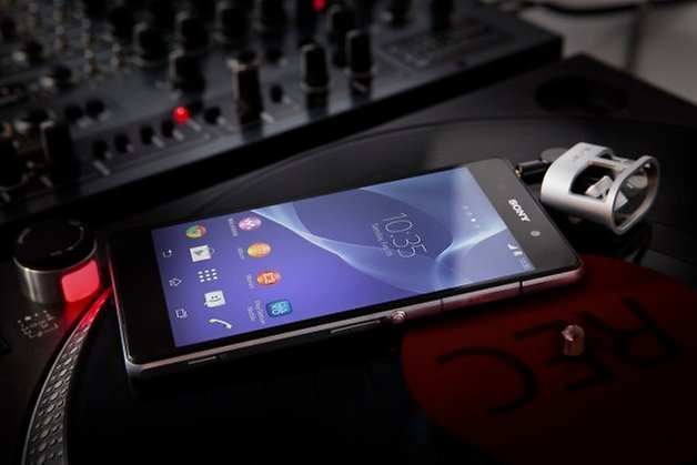 15 Xperia Z2 Turntable