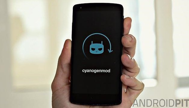 "CyanogenMod 11.0 M9 release: ""knock off"", bug fixes and more"