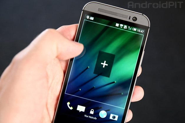 HTC One lockscreen widgets teaser
