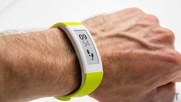 Sony Smartband Talk Watermark 1