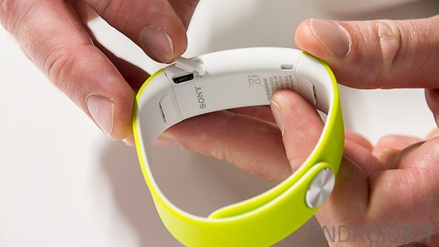 Sony Smartband Talk Watermark 7