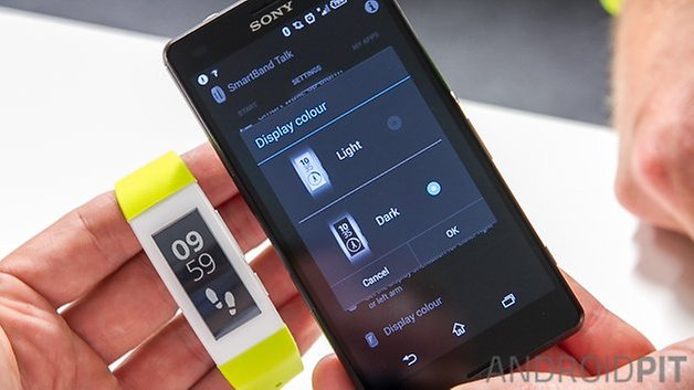 Sony Smartband Talk Watermark 9