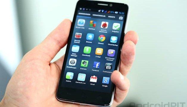 Test de l'Alcatel One Touch Idol : grand écran, petit prix