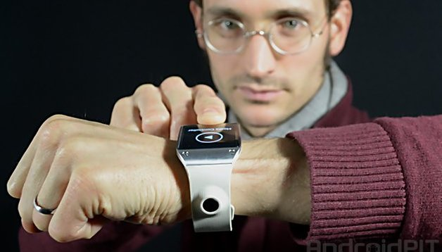 Samsung ''redefines'' smartwatch sales figures for the Galaxy Gear