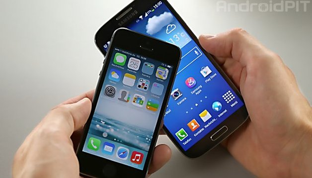 Galaxy S4 and iPhone 5s in video comparison