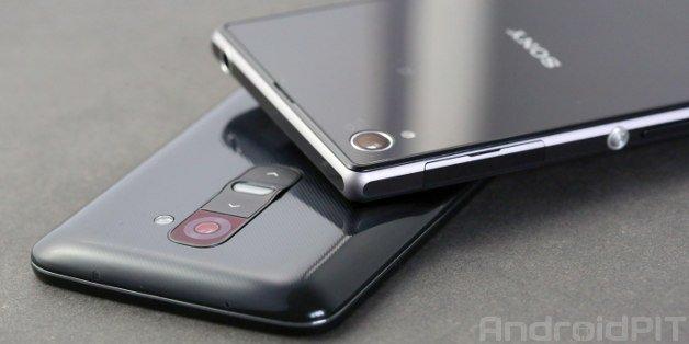 Smartphone Smackdown: LG G2 vs Sony Xperia Z1   NextPit