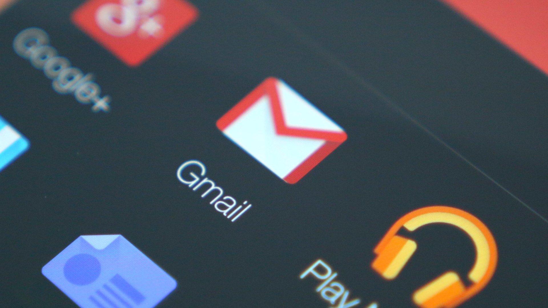 Gmail bekommt Dark Mode: Endlich angenehmer E-Mails lesen!