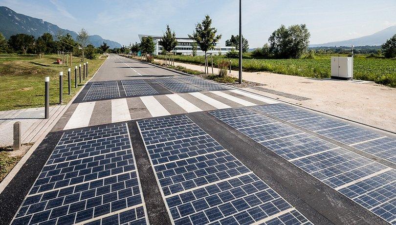 Solarpanele in Straße: Eine Zukunftsvision ohne Zukunft