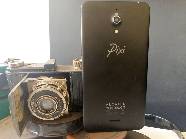 AndroidPIT alcatel one pixi 4 back 3