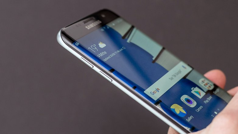 AndroidPIT oneplus 3 vs samsung galaxy s7 edge display