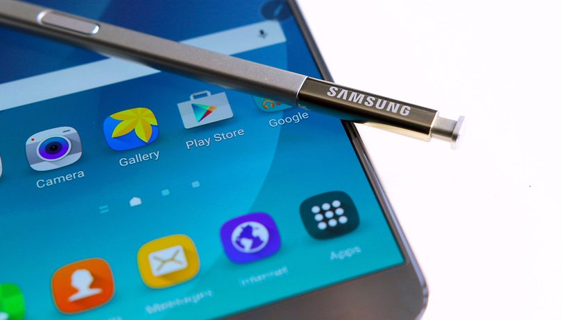 Curva ou plana? Suposto case do Galaxy Note 7 revela tela dual-edge