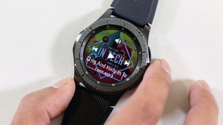 AndroidPIT samsung gear s3 15