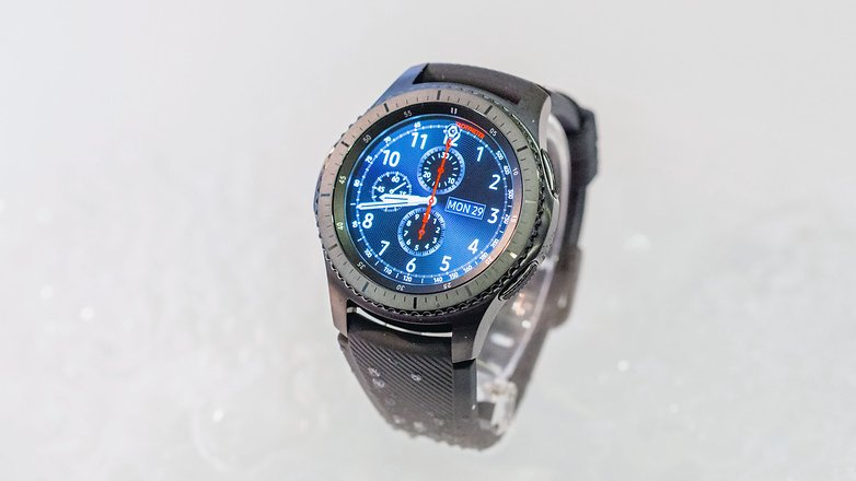 AndroidPIT samsung gear s3 frontier 1