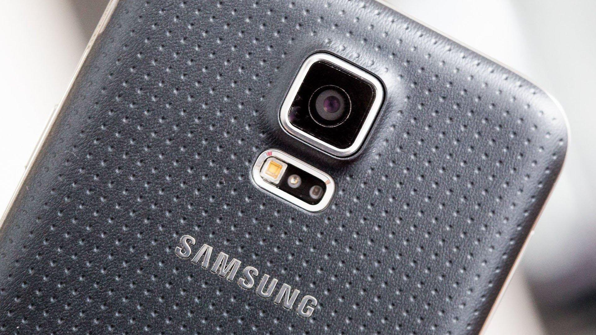 Galaxy S5 começa a receber a atualização de segurança de janeiro | AndroidPIT
