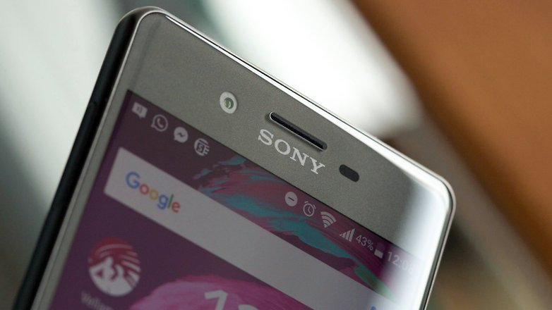 androidpit sony xperia x front camera