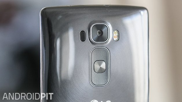 lg g flex 2 camera back