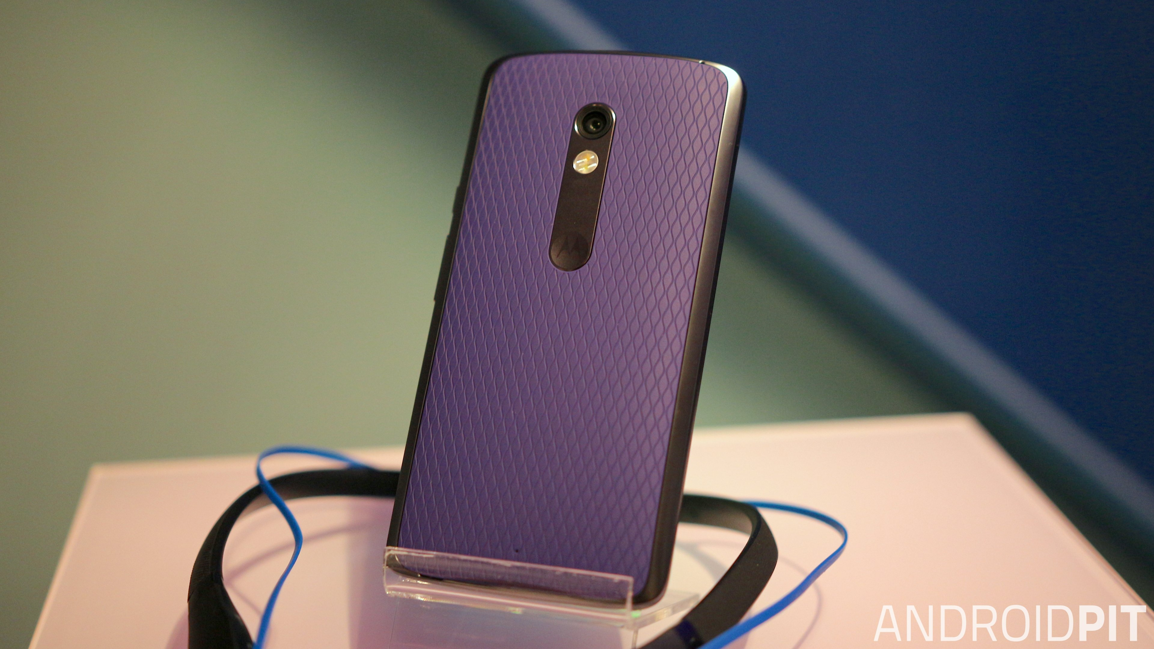 Moto z moto z play now available in india price specifications and - Motorola Moto X Play Review Big Battery On A Budget Hardware Reviews Androidpit