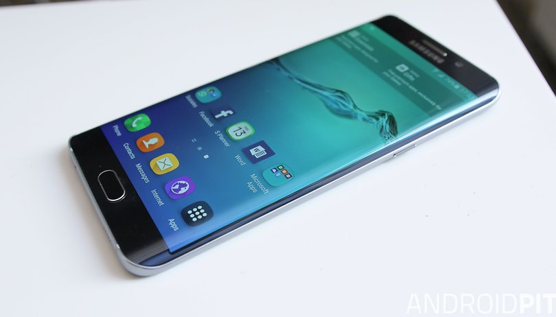 Samsung Galaxy S6 Edge vs iPhone 6S comparison: a supersized skirmish