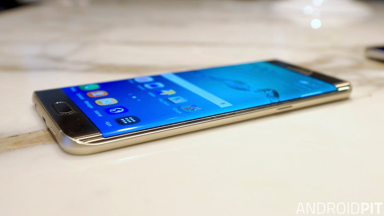 Samsung Galaxy S6 plus side edge