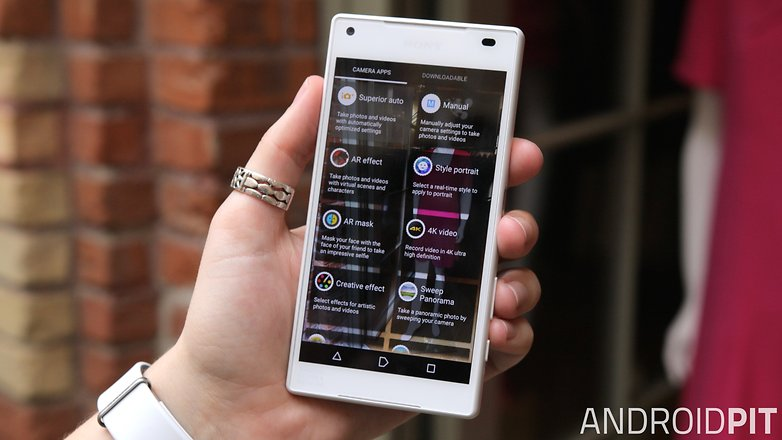 sony xperia z5 compact front display camera