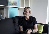 AndroidPIT stellt sich vor: das ist unser Büro und das ist Johanna