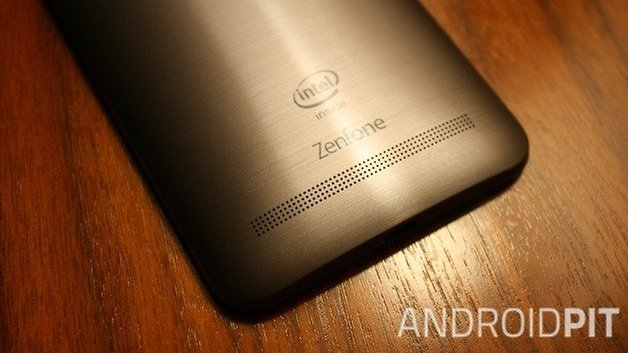 ANdroidPIT Asus Zenfone 2 back 2