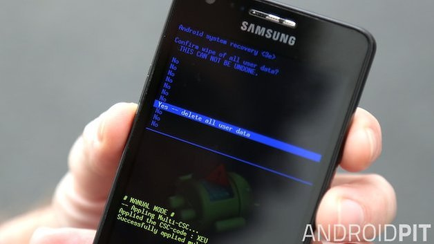 AndrodPIT Galaxy S2 Factory Reset Confirm