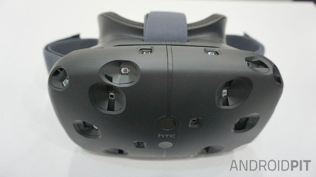 AndroidPIT HTC Vive VR headset front top